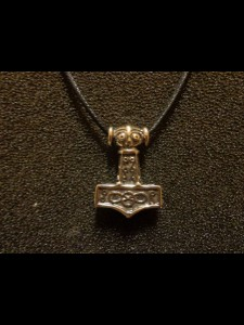 http://forvikingsonly.nu/151-360-thickbox/pendant-with-leather-necklace.jpg