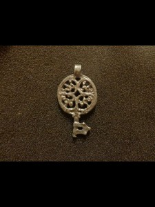 http://forvikingsonly.nu/186-395-thickbox/pendant.jpg