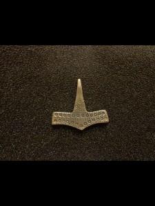 http://forvikingsonly.nu/193-402-thickbox/pendant.jpg