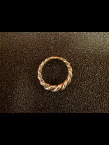 http://forvikingsonly.nu/296-505-thickbox/ring-viking-ring.jpg
