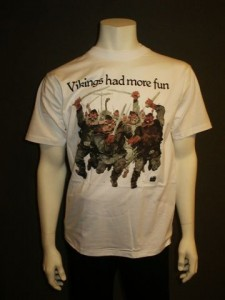 http://forvikingsonly.nu/32-135-thickbox/t-shirt-vikings-had-more-fun.jpg
